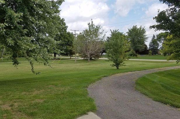 9818 Crane Road - Photo 5