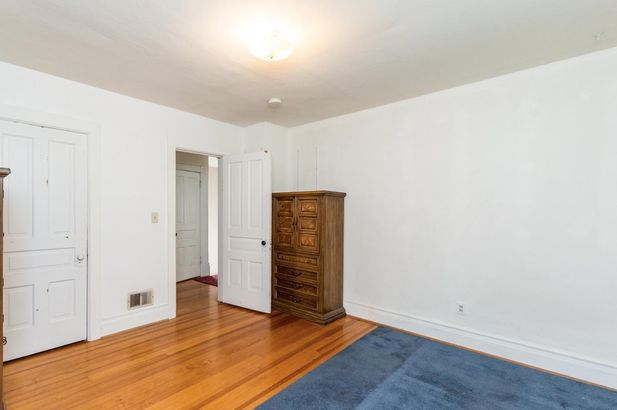 1230 Woodlawn Avenue - Photo 20