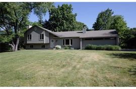 8348 Walsh Road Dexter, MI 48130 Photo 2