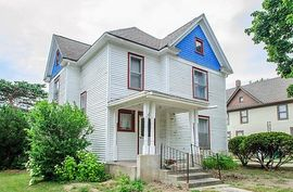 208 South Ann Arbor Street Saline, MI 48176 Photo 8