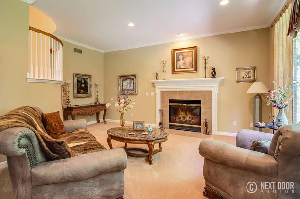 7689 Timber Ridge Court - Photo 4