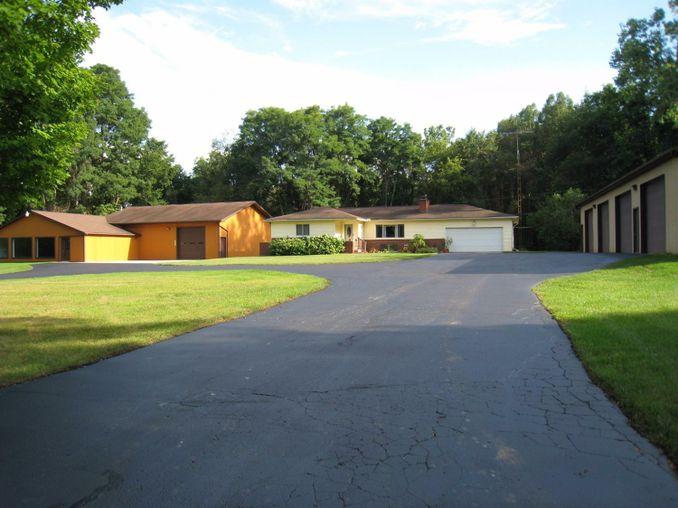 15901 Seymour Road Grass Lake, MI 49240