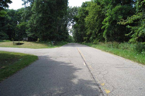 15901 Seymour Road - Photo 40