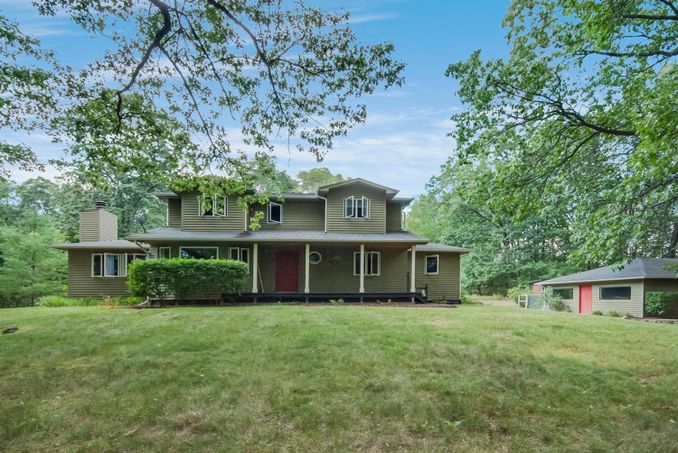 14700 Tracey Road Manchester, MI 48158