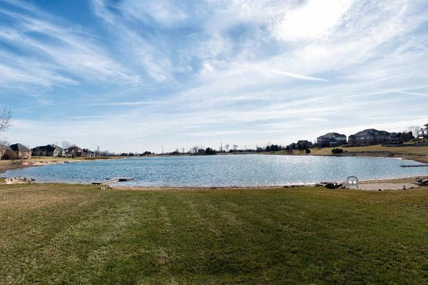 9057 Mirage Lake Drive - Photo 52