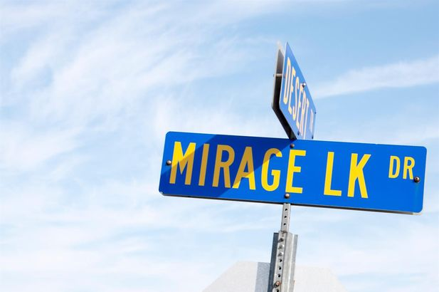 9057 Mirage Lake Drive - Photo 53