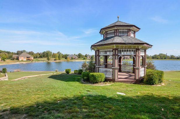 9155 Mirage Lake Drive - Photo 14