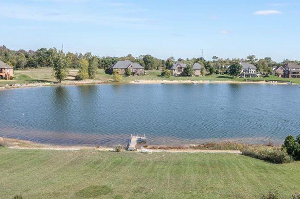 9155 Mirage Lake Drive - Photo 10