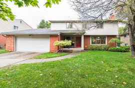 559 Cook Road Grosse Pointe Woods, MI 48236 Photo 10