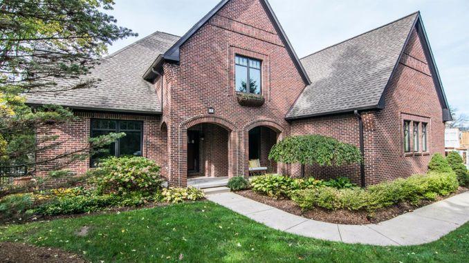 4 Ridgemor Drive Ann Arbor, MI 48103