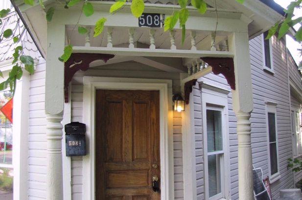 508 North Huron Street - Photo 2