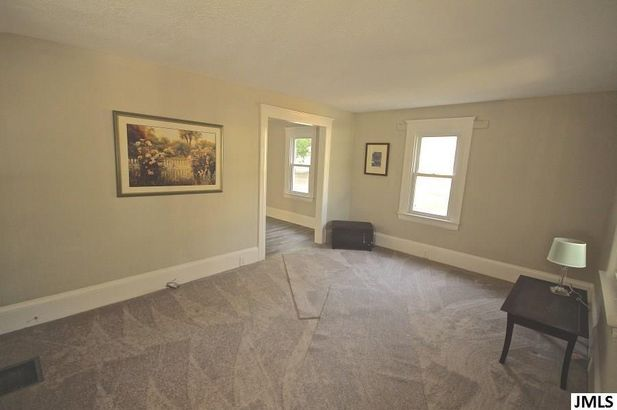 157 East Mansion Street - Photo 2