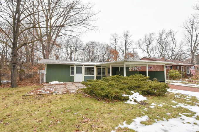 2424 Pinecrest Avenue Ann Arbor, MI 48104