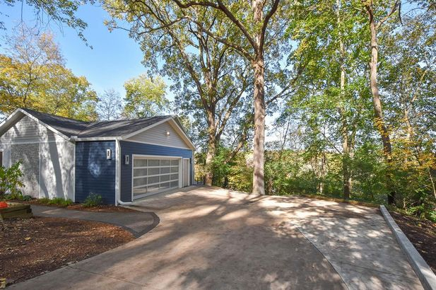 321 Riverview Drive - Photo 46