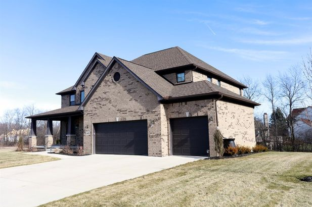 1465 Whispering Maples Drive #33 - Photo 6
