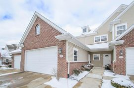 2925 North Knightsbridge Circle Ann Arbor, MI 48105 Photo 4