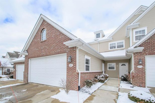 2925 North Knightsbridge Circle Ann Arbor MI 48105