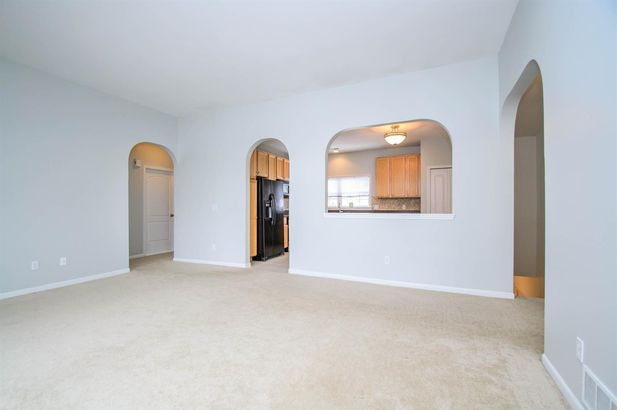 2925 North Knightsbridge Circle - Photo 4