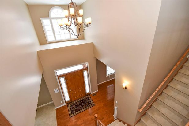 2011 Hollow Oak Drive - Photo 2