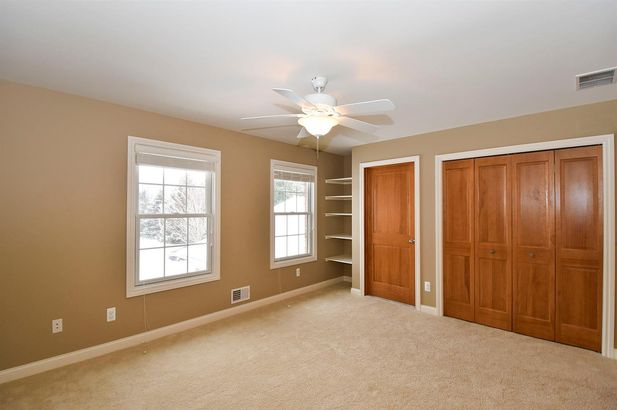 2011 Hollow Oak Drive - Photo 31