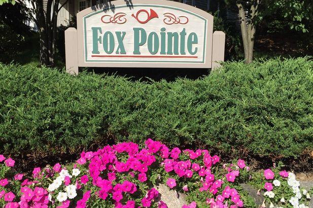 1408 Fox Pointe Circle - Photo 37