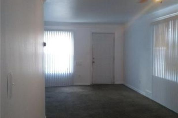 17720 CHESTER Street - Photo 3