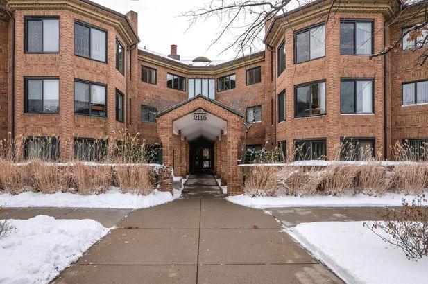 2115 Nature Cove Court #310 Ann Arbor MI 48104