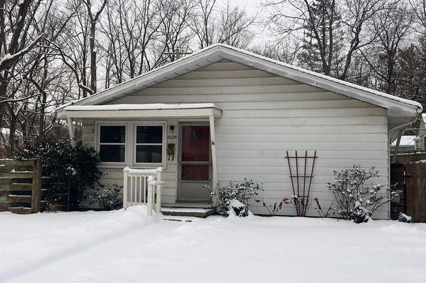 1125 Saunders Crescent Ann Arbor MI 48103