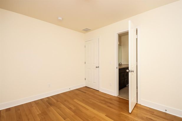924 Catherine Street - Photo 26