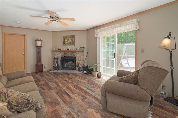 10641 Coopersfield Road - Photo 9