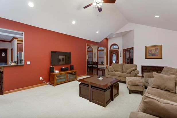 11540 Woodmont Drive - Photo 7