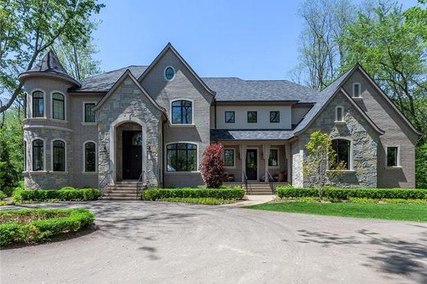 4920 DRYDEN Lane Bloomfield Hills MI 48304