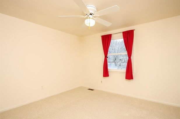 2747 Holyoke Lane - Photo 44