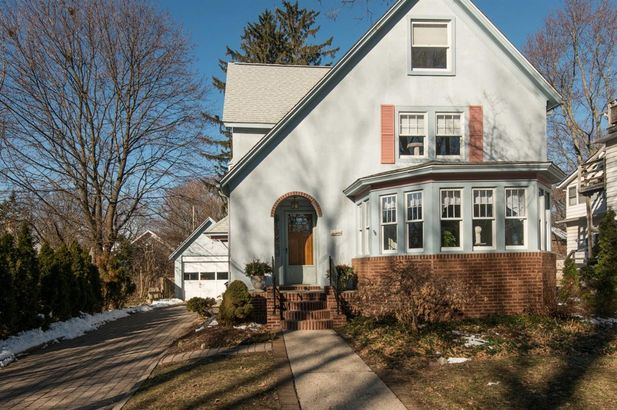 1326 South Forest Avenue - Photo 2