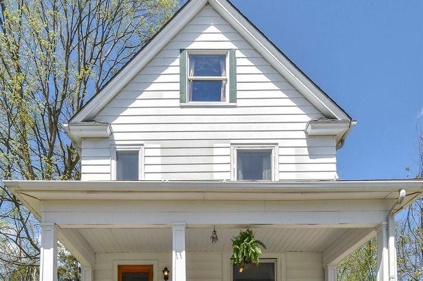 802 West Washington Street - Photo 2