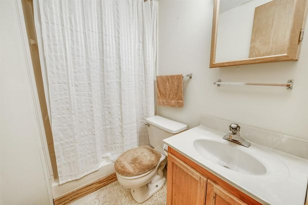 629 West Middle Street - Photo 26