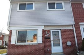 32041 Wiliamsburg St. Clair Shores, MI 48082 Photo 5