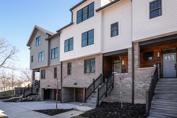 105 W Davis Ann Arbor, MI 48103