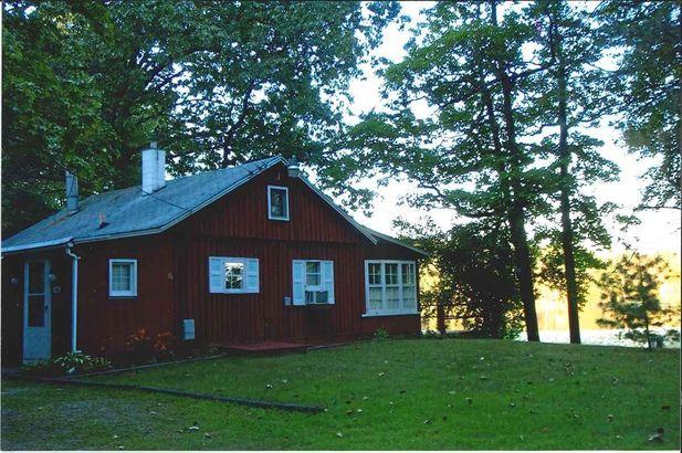 136 Spring Lake Drive Chelsea MI 48118