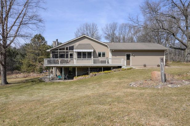 8250 Mester Road - Photo 4