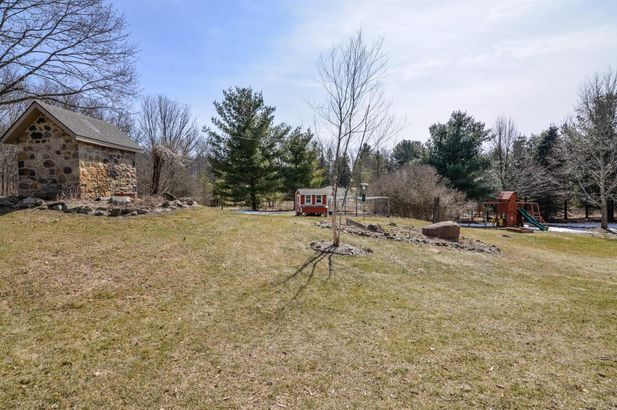 8250 Mester Road - Photo 41