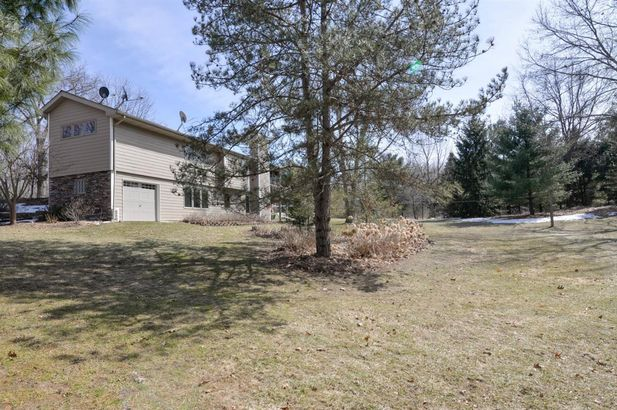 8250 Mester Road - Photo 43