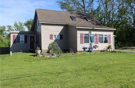 412 EAST SHORE Drive Whitmore Lake, MI 48189 Photo 2