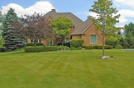 4810 Polo Fields Dr Ann Arbor, MI 48103 Photo 1