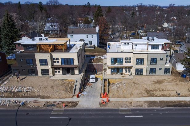 452 West Stadium Boulevard - Photo 8