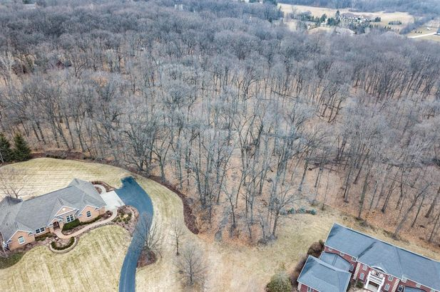 5455 North Meadow Court - Photo 3
