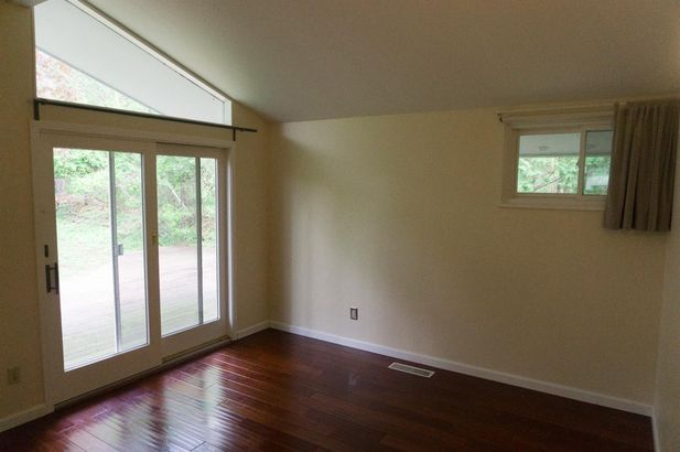 221 Barton Drive - Photo 9