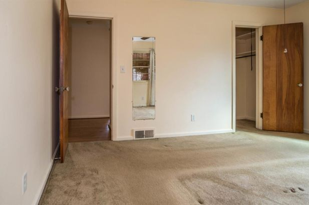207 West Russell Street - Photo 23
