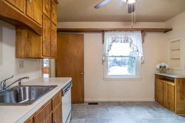 207 West Russell Street - Photo 30
