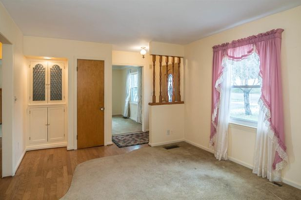207 West Russell Street - Photo 4